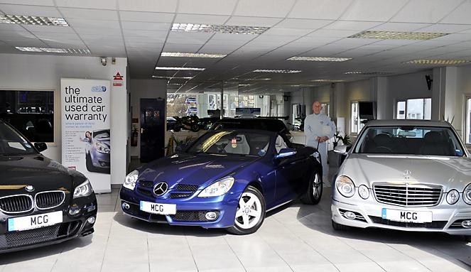 m c garages northwich car dealer opening times and reviews. Black Bedroom Furniture Sets. Home Design Ideas