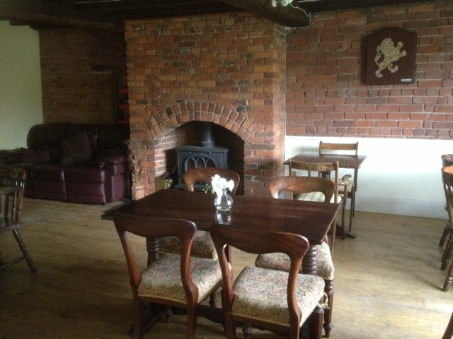Powis Arms Hotel Pool Quay Welshpool Pub Opening Times And Reviews